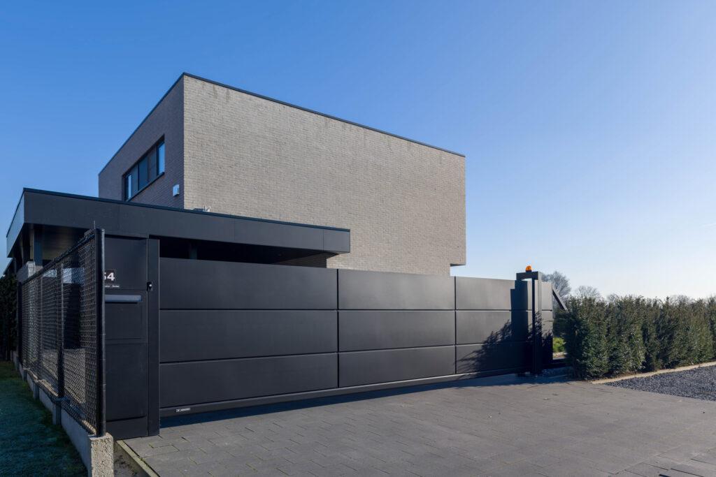 Wisniowski_Casa Indipendente in Belgio